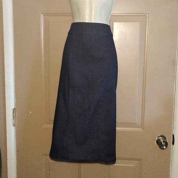 7th Avenue Design Studio NY & Co. Dresses & Skirts - NWOT 7th AVENUE NY & CO STRETCH DENIM SKIRT-SIZE 6